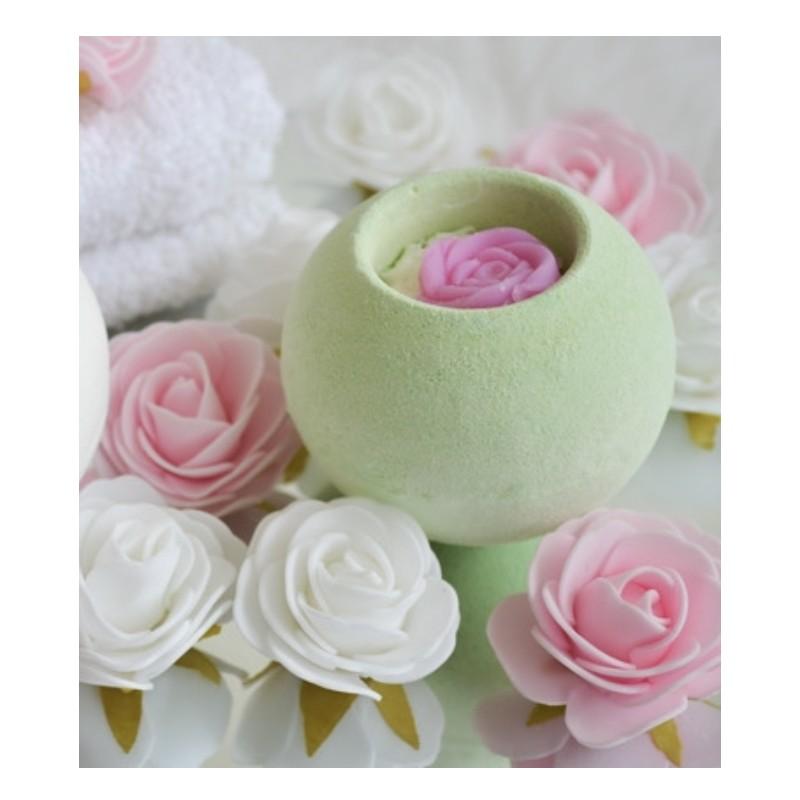 Bombe de bain effervescente Thé vert Rose Pour le Bain  Medusa OilBombe de bain effervescente Thé vert Rose  Pour le Bain Med...