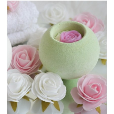 Rose green tea effervescent bath bomb  Bombes de bain Medusa Oil